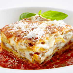 Ricotta cheese lasagna served with garlic bread
